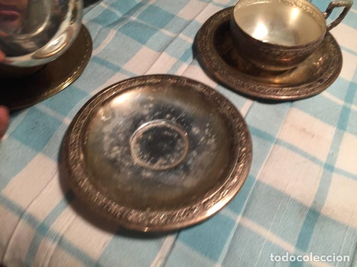 Antigüedades: Antiguas 5 taza / tazas de metal bañado en plata repujado con platos a juego años 40-50 - Foto 9 - 183438365