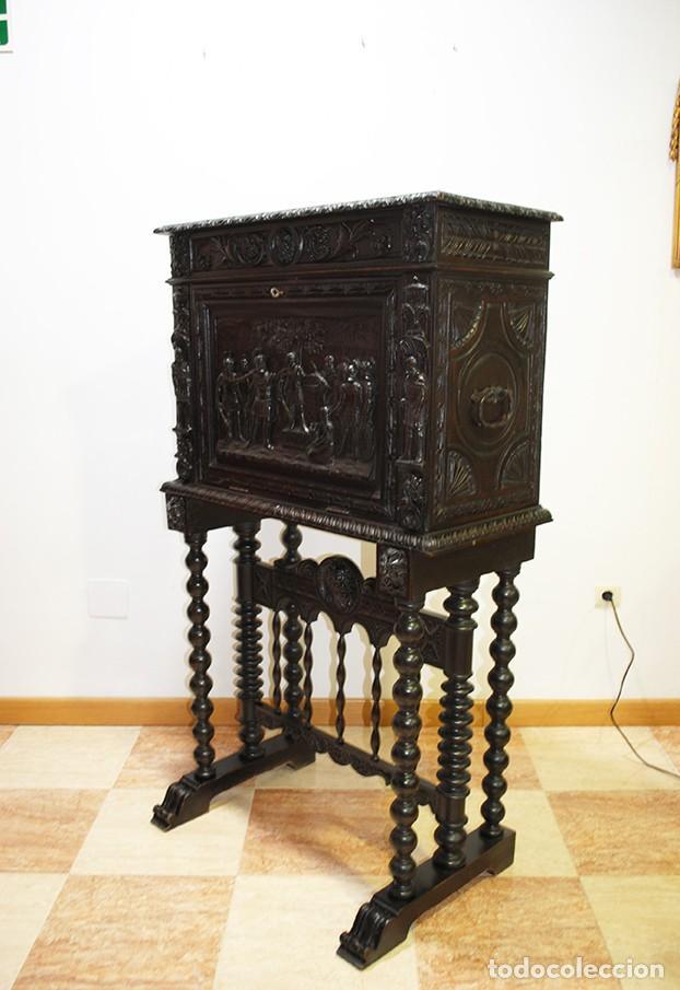 Antigüedades: BARGUEÑO ANTIGUO TALLADO ESTILO RENACIMIENTO ESPAÑOL - Foto 13 - 183458978