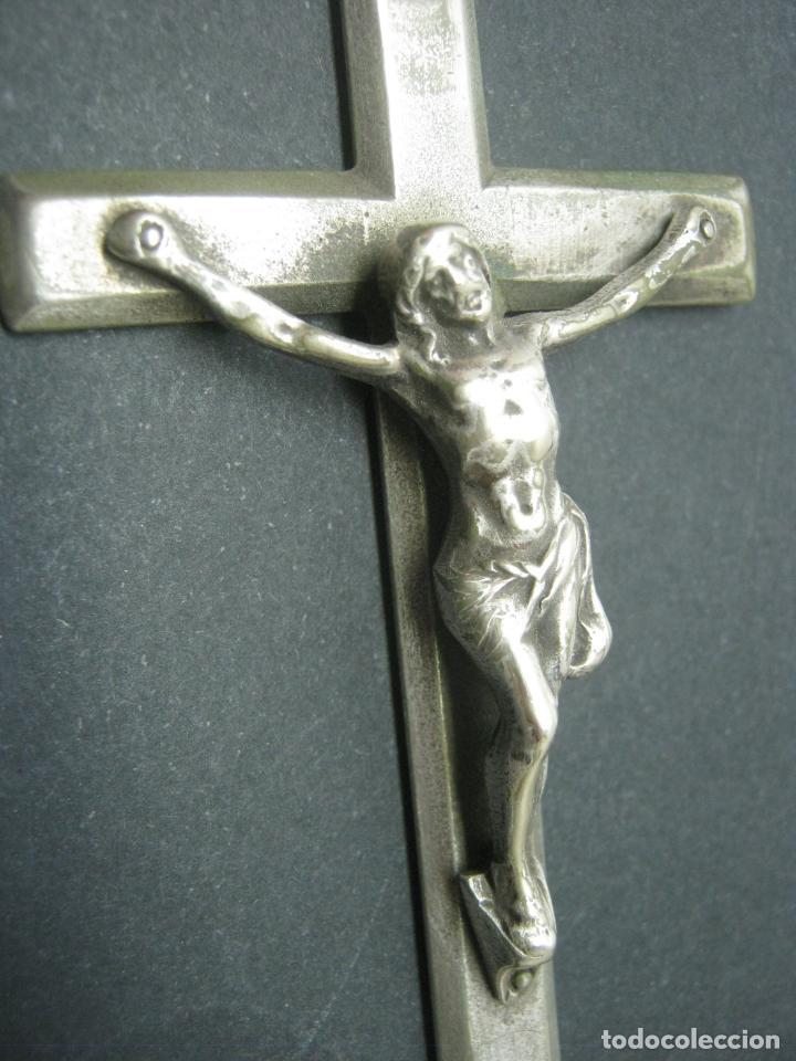 Antigüedades: Imponente Crucifijo antiguo para colgar - Foto 2 - 183459407