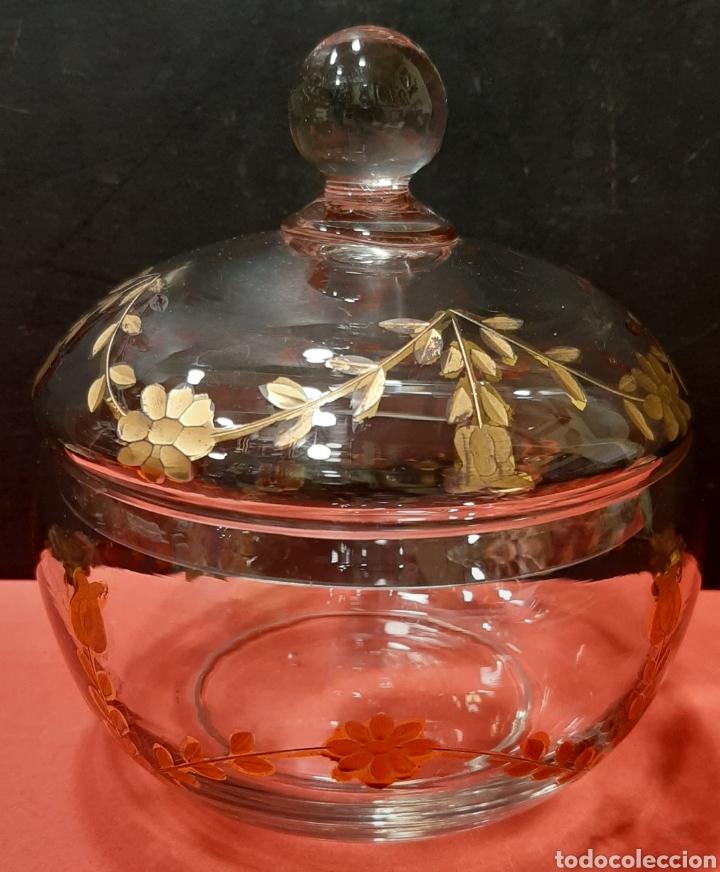 BOMBONERA CRISTAL TALLADO Y DORADO. LA GRANJA. (Antigüedades - Cristal y Vidrio - La Granja)