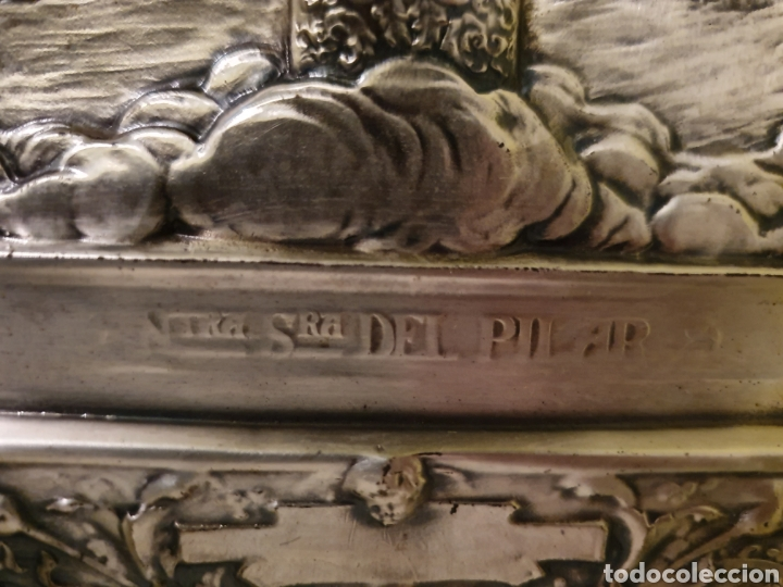 Antigüedades: PRECIOSO Y ANTIGUO CUADRO DE LA VIRGEN DEL PILAR EN RELIEVE CON BAÑO DE PLATA - Foto 4 - 183525698
