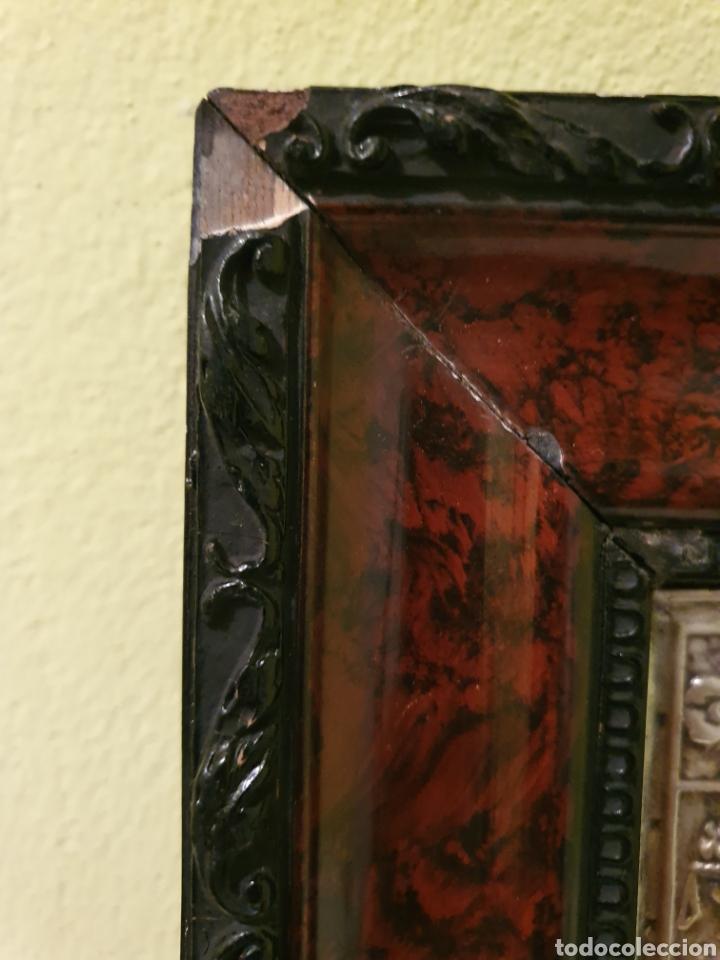 Antigüedades: PRECIOSO Y ANTIGUO CUADRO DE LA VIRGEN DEL PILAR EN RELIEVE CON BAÑO DE PLATA - Foto 7 - 183525698