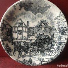 Antigüedades: PLATO CERAMICA SAN CLAUDIO - POSTA- MOTIVO CARRUAJE. Lote 183546153