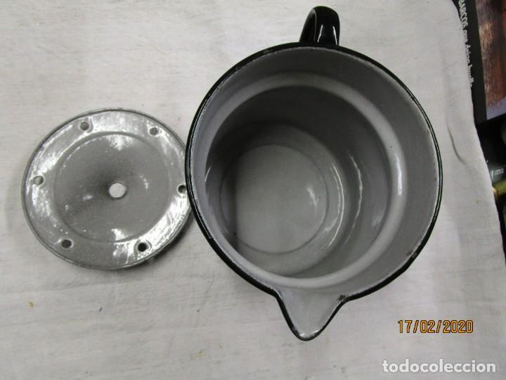 Antigüedades: COCINA - ANTIGUO HERVIDOR LECHE, ESMALTADO SIN USO, ANTERIOR 1935 - EGSA RENTERIA 2.5 L + INFO - Foto 2 - 206878881