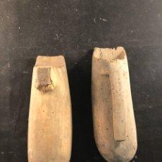 Antigüedades: PAREJA DE PIEZAS RÚSTICAS. Lote 183564030