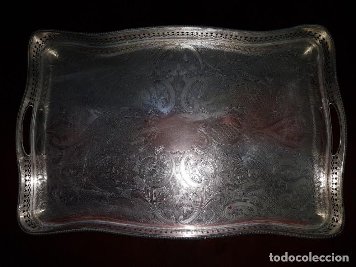 BANDEJA PLATEADA GRABADA SHEFFIELD (Antigüedades - Platería - Bañado en Plata Antiguo)