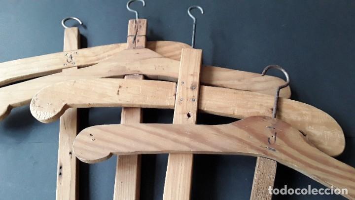 Antigüedades: Antiguas perchas de madera - Foto 9 - 183619117
