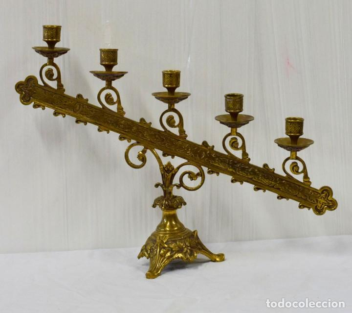 ANTIGUO CANDELABRO DE BRONCE DEL SIGLO XIX DE 5 LUCES. 50X37 (Antigüedades - Iluminación - Candelabros Antiguos)