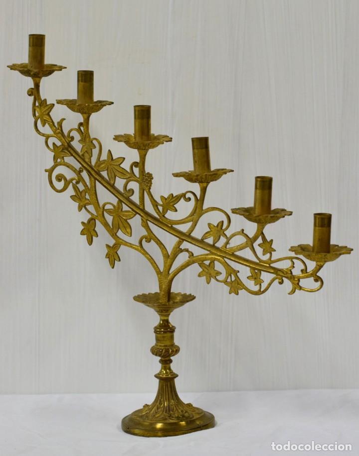 ANTIGUO CANDELABRO DE BRONCE DE SEIS LUCES. SIGLO XIX. 50X50 (Antigüedades - Iluminación - Candelabros Antiguos)