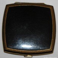 Antigüedades: POLVERA ESTILO ART-DECO EN METAL. CIRCA 1930. Lote 183635986