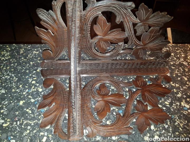 Antigüedades: Repisa esquinero para colgar en madera tallada a mano - Foto 2 - 183653880