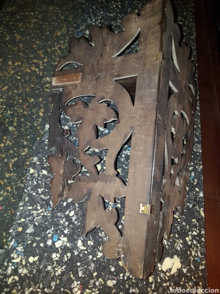 Antigüedades: Repisa esquinero para colgar en madera tallada a mano - Foto 3 - 183653880