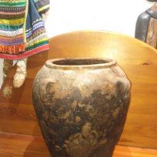 Antigüedades: ALFARERÍA TINAJA DE 4 HAZAS 45 CM. Lote 183665673