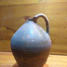 Antigüedades: ANTIGUA BOTELLA CATALANA DE CERAMICA VIDRIAD 25CM ALTO,. Lote 183667172