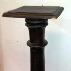Antigüedades: PEDESTAL ANTIGUO EN MADERA . Lote 183705800