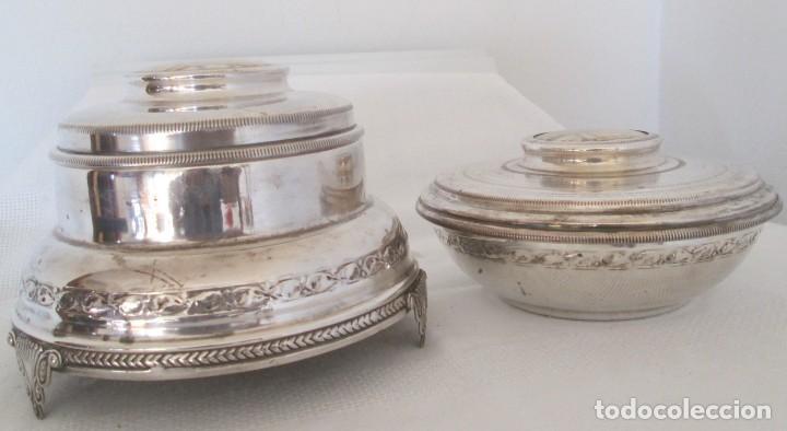 Antigüedades: Preciosas dos piezas de antiguo juego de tocador. Polvera y joyero/guarda algodones, en plaque - Foto 2 - 183773293