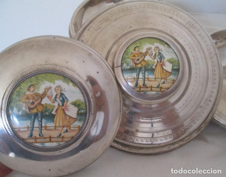 Antigüedades: Preciosas dos piezas de antiguo juego de tocador. Polvera y joyero/guarda algodones, en plaque - Foto 5 - 183773293