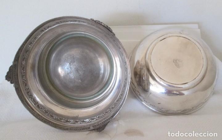 Antigüedades: Preciosas dos piezas de antiguo juego de tocador. Polvera y joyero/guarda algodones, en plaque - Foto 8 - 183773293