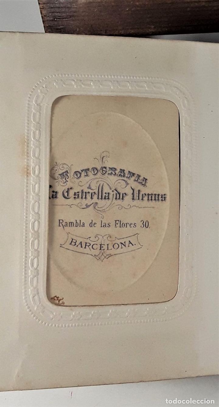 Antigüedades: ÁLBUM DE FOTOGRAFÍAS EN PIEL, CON METAL DORADO. ESPAÑA. SIGLO XIX-XX. - Foto 12 - 183791702