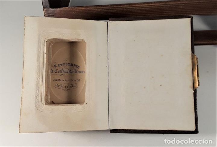 Antigüedades: ÁLBUM DE FOTOGRAFÍAS EN PIEL, CON METAL DORADO. ESPAÑA. SIGLO XIX-XX. - Foto 14 - 183791702