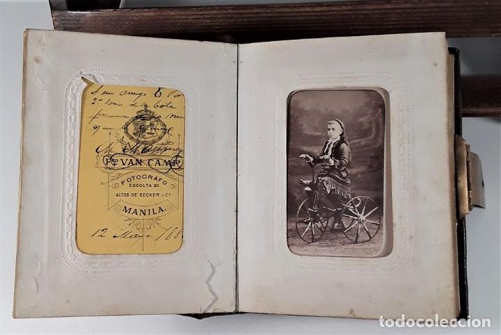 Antigüedades: ÁLBUM DE FOTOGRAFÍAS EN PIEL, CON METAL DORADO. ESPAÑA. SIGLO XIX-XX. - Foto 17 - 183791702