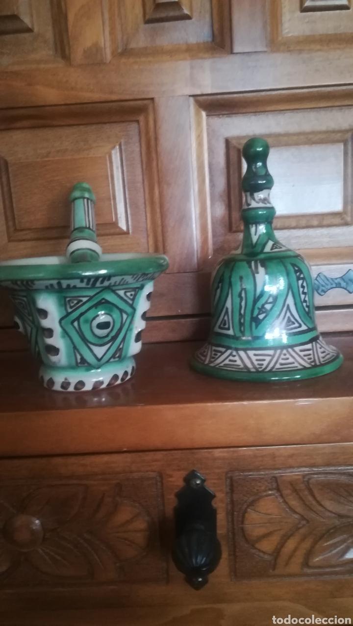 JUEGO DE CAMPANILLA Y ALMIREZ DE DOMINGO PUNTER, TERUEL (Antigüedades - Porcelanas y Cerámicas - Teruel)