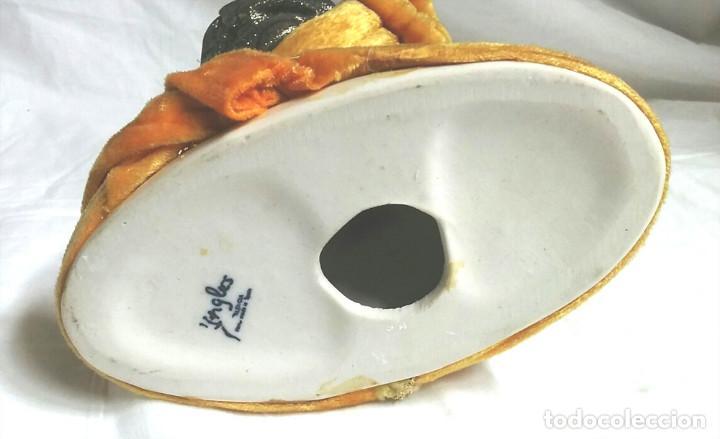 Antigüedades: Busto Mujer Belle Epoque, cerámica Hermanos Ingles Valencia. Med. 14 x 19 cm - Foto 5 - 183793002