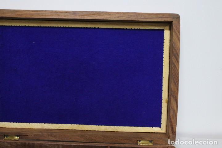 Antigüedades: caja de madera tallada con taj mahal de hueso. nueva a estrenar - Foto 7 - 183799661