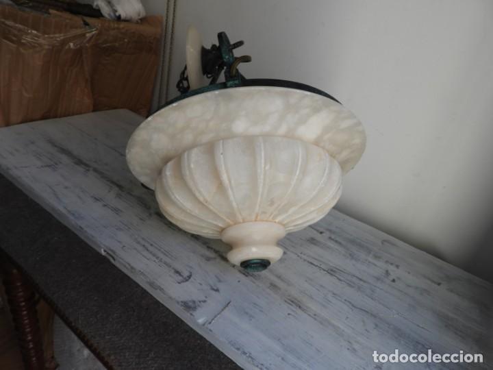 Antigüedades: LAMPARA DE ALABASTRO MUY DECORATIVA - Foto 2 - 183816930