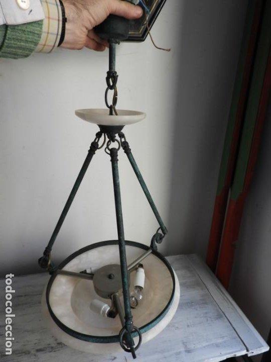 Antigüedades: LAMPARA DE ALABASTRO MUY DECORATIVA - Foto 3 - 183816930