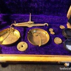 Antigüedades: TRASTOS VIEJOS PESO MUY ANTIGUO PRECIOSO EL QUE VES QUE VES. Lote 183838803