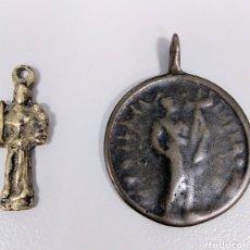 Antigüedades: DOS MEDALLAS RELIGIOSAS SIGLO XVIII SAN ANTONIO Y SANTA ELENA - AE52. Lote 183853113