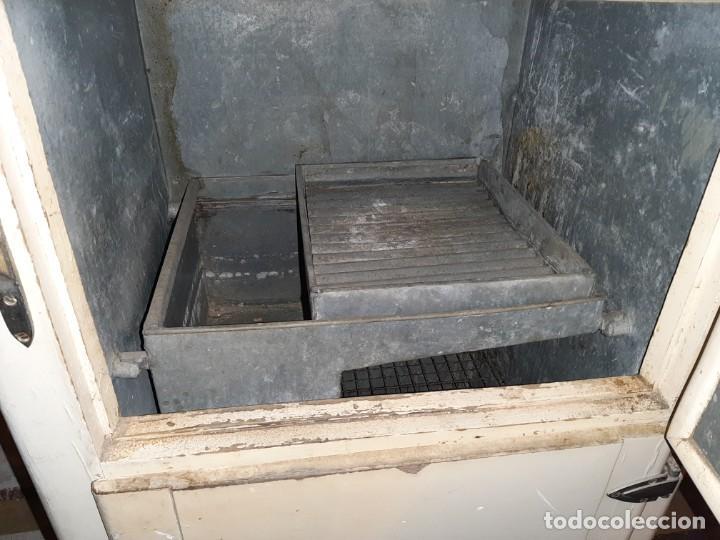 Antigüedades: nevera de hielo marca gelat - Foto 3 - 183860032