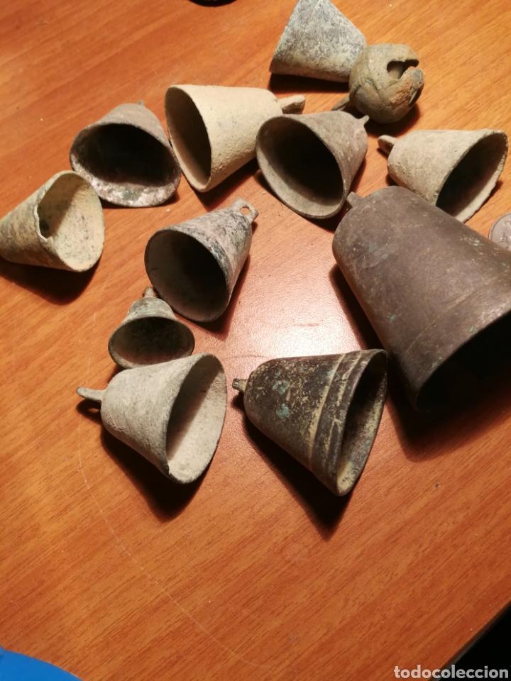 Antigüedades: Lote campanas antiguas - Foto 2 - 183876910