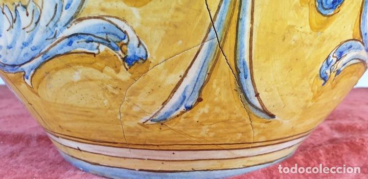Antigüedades: GRAN JARRÓN CON PEANA. CERÁMICA ESMALTADA. TALAVERA. SIGLO XIX-XX. - Foto 10 - 183886468