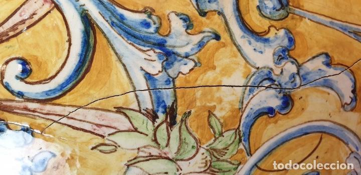 Antigüedades: GRAN JARRÓN CON PEANA. CERÁMICA ESMALTADA. TALAVERA. SIGLO XIX-XX. - Foto 11 - 183886468