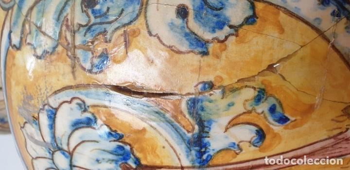 Antigüedades: GRAN JARRÓN CON PEANA. CERÁMICA ESMALTADA. TALAVERA. SIGLO XIX-XX. - Foto 13 - 183886468