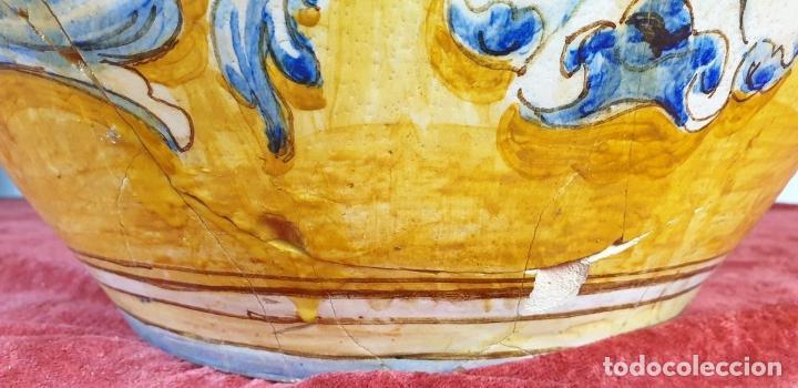 Antigüedades: GRAN JARRÓN CON PEANA. CERÁMICA ESMALTADA. TALAVERA. SIGLO XIX-XX. - Foto 15 - 183886468