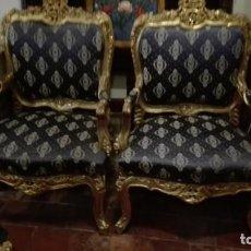Antigüedades: PAREJA DE SILLONES ESTILO LUIS 15 DORADOS. Lote 183892668