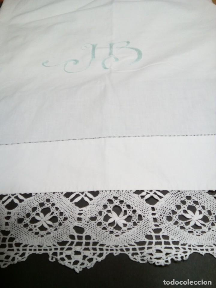 Antigüedades: * SABANA DE HILO CON ENCAJE DE BOLILLOS. 2 M. ( Rf:LL-63/e) - Foto 2 - 183894566