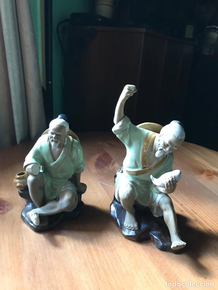 Antigüedades: Figura de Pescador, de porcelana china y Biscuit y otra de regalo . - Foto 7 - 183912896