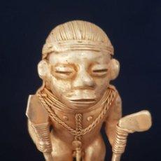 Antigüedades: CAZADOR DE COCODRILOS PRECOLOMBINO QUIMBAYA DE ORO TUMBAGA PESO 98GR MIDE 9X5 CENTIMET-N64. Lote 183947788