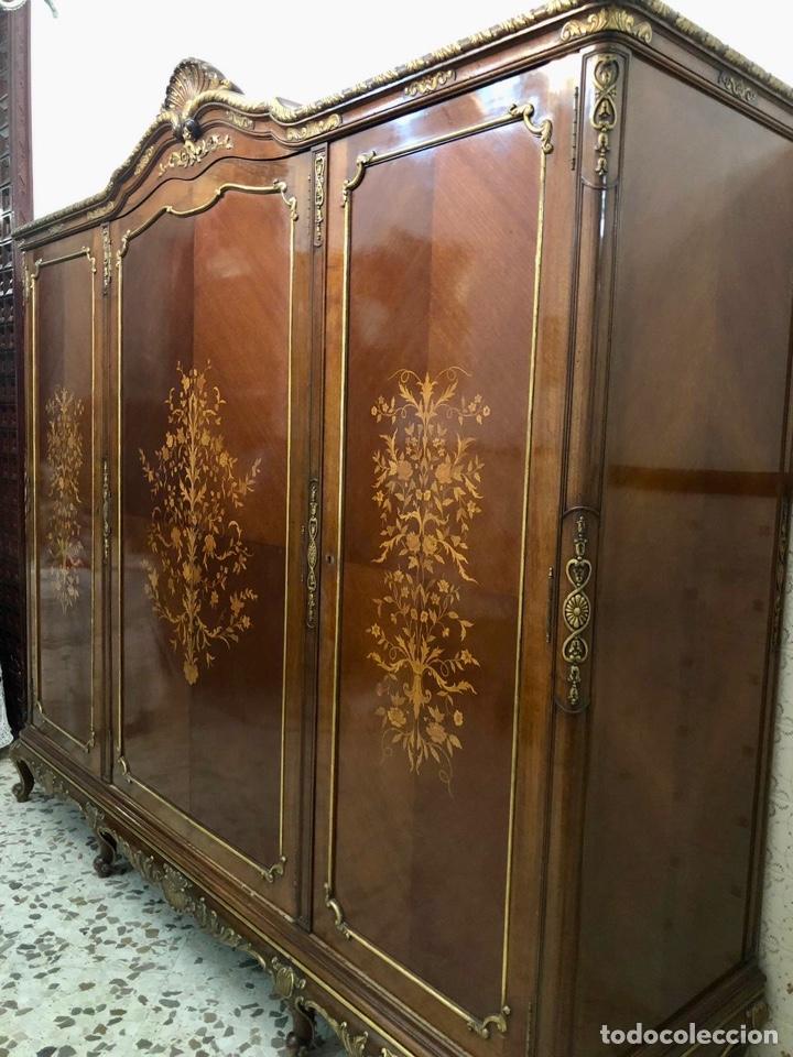 Antigüedades: Armario o ropero Luis XV - Foto 9 - 183957395