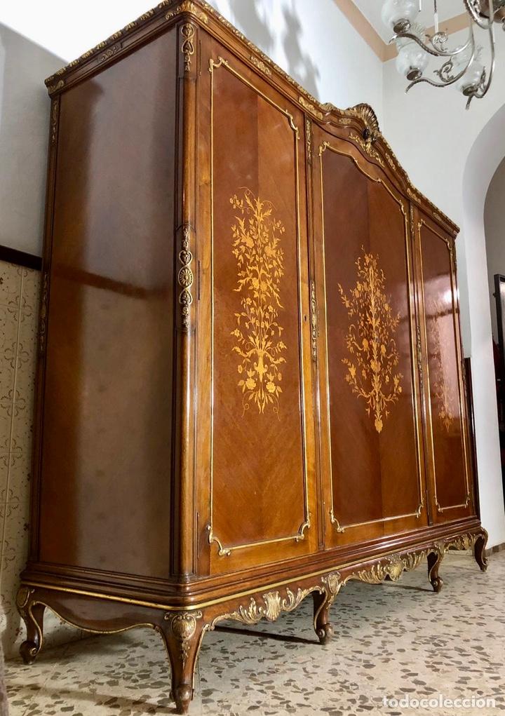 Antigüedades: Armario o ropero Luis XV - Foto 13 - 183957395
