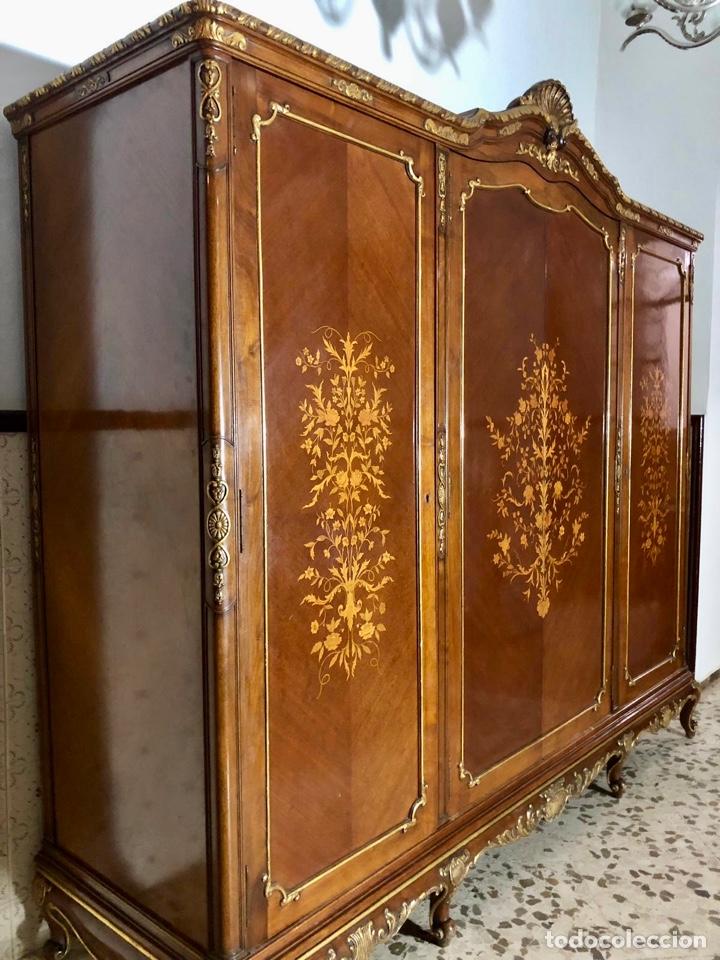 Antigüedades: Armario o ropero Luis XV - Foto 16 - 183957395