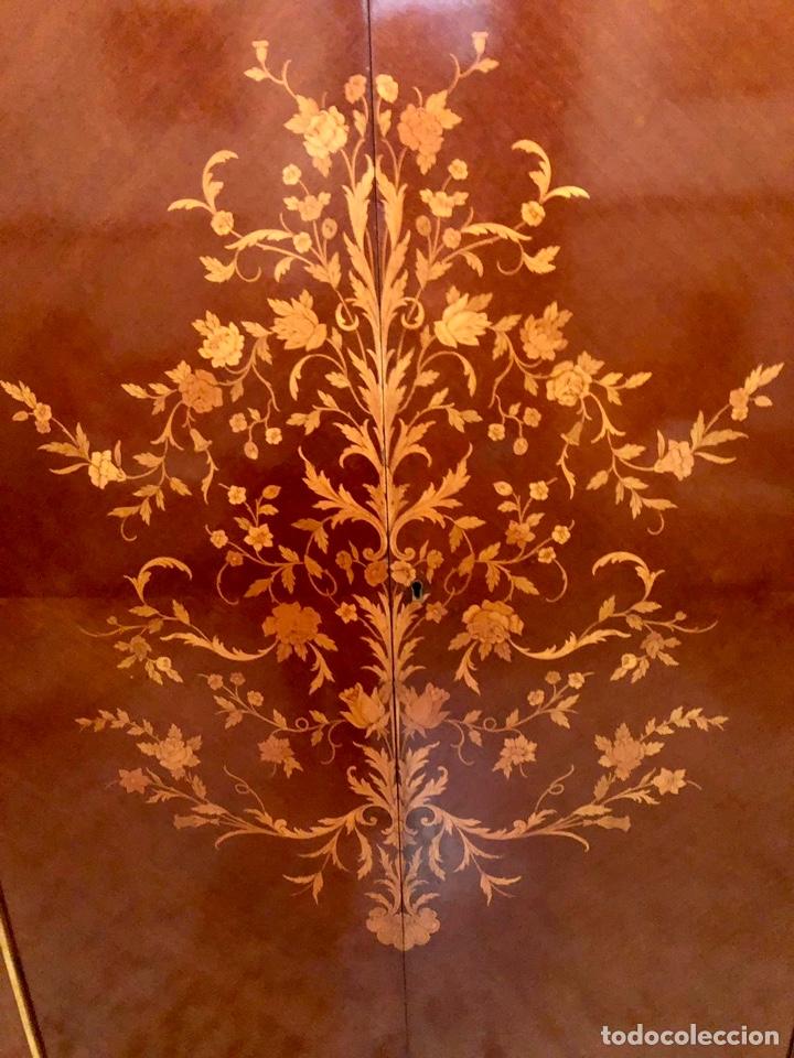 Antigüedades: Armario o ropero Luis XV - Foto 32 - 183957395