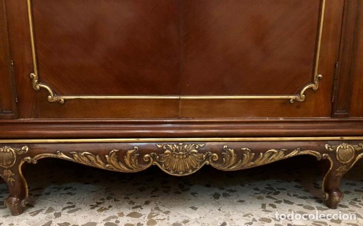 Antigüedades: Armario o ropero Luis XV - Foto 37 - 183957395