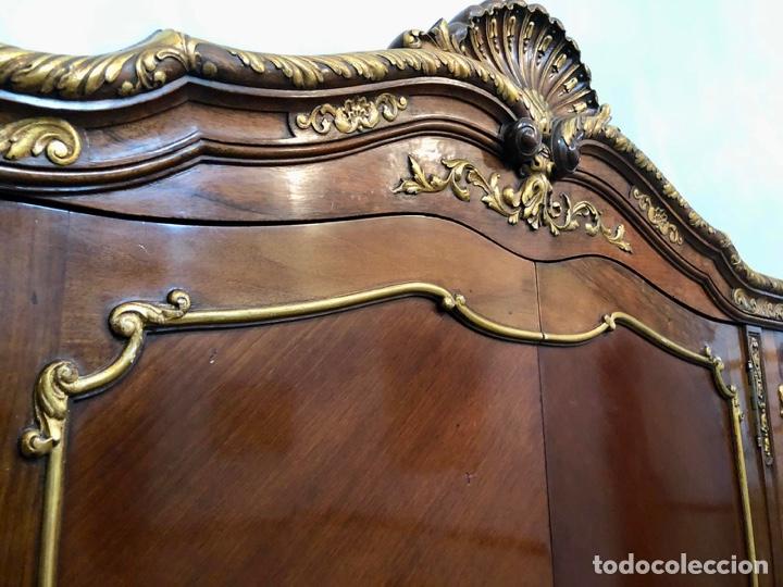 Antigüedades: Armario o ropero Luis XV - Foto 57 - 183957395