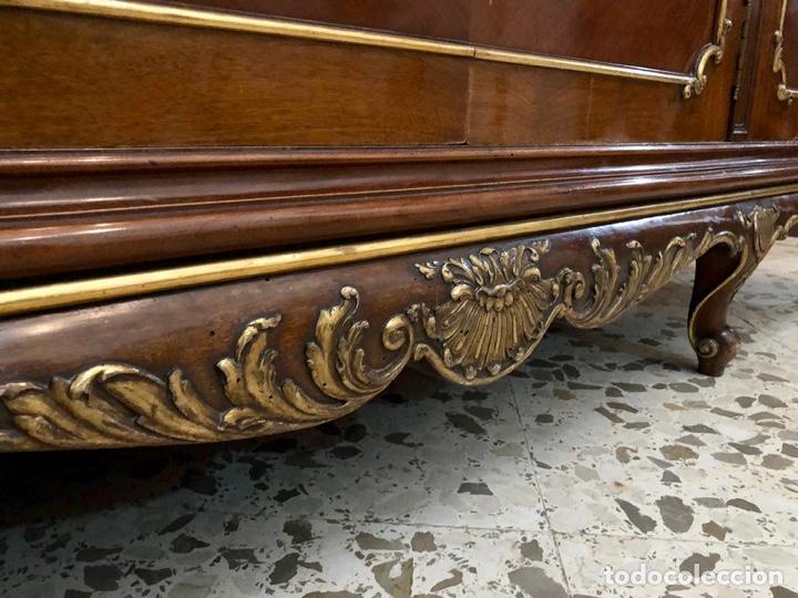 Antigüedades: Armario o ropero Luis XV - Foto 58 - 183957395
