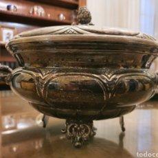 Antigüedades: SOPERA OBRA JOYERÍA. PLATEADA. 30CM.. Lote 183975395